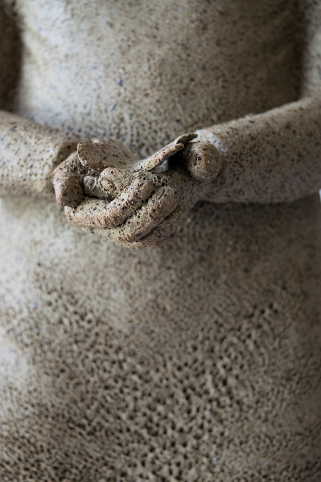 Little girl, detail hands
